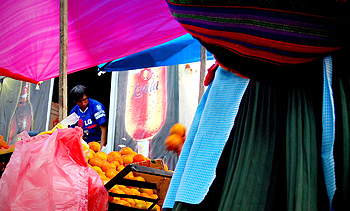 Photographer Enrique Gonzalez took this colorful photograph in a Preuvian market.