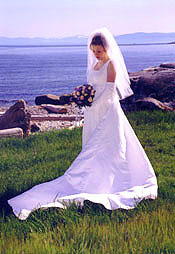A beautiful bride against a natural backdrop makes a memorable wedding picture